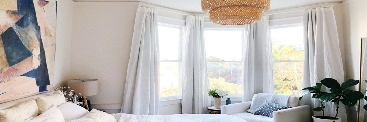 Best Blinds For Your Bedroom Bay Window