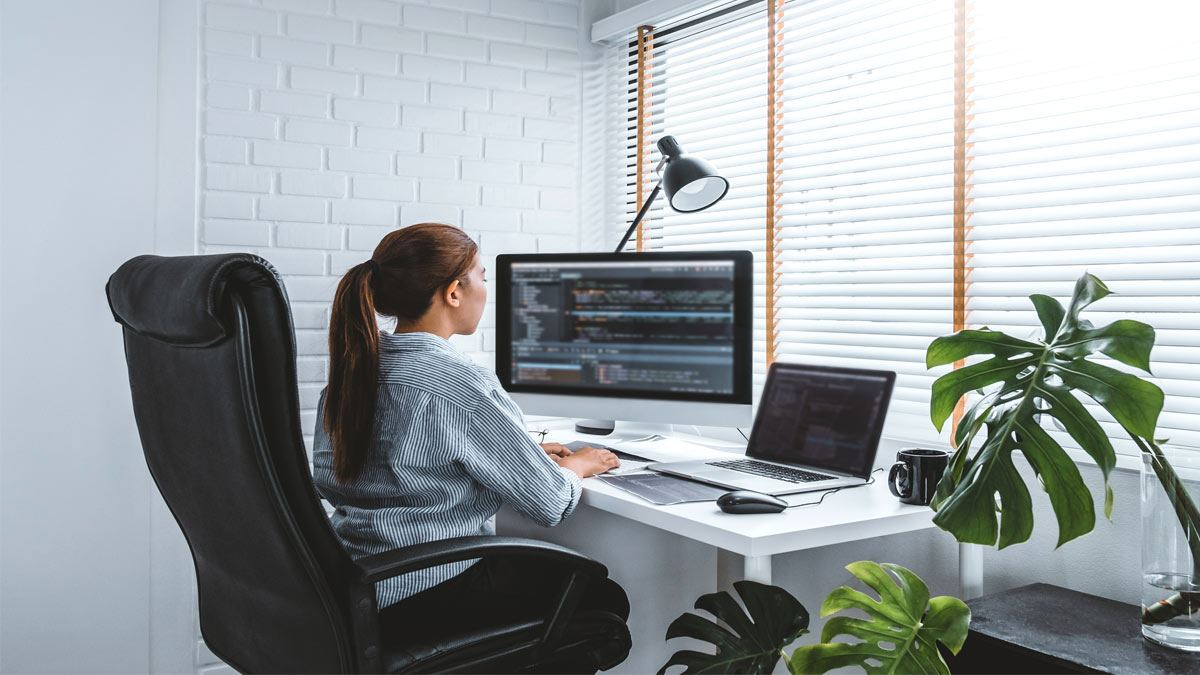 5 Trendy Ideas To Dress Your Work From Home Office Windows